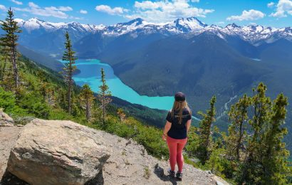The High-Note Trail is one of the best places to go hiking in Whistler. Discover the top summer activities in Whistler as well as the best winter activities in Whistler from this travel guide to Whistler, BC, Canada by a local.