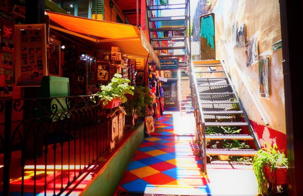 La Boca shop. Use this guide to Buenos Aires to discover the best things to do in Buenos Aires