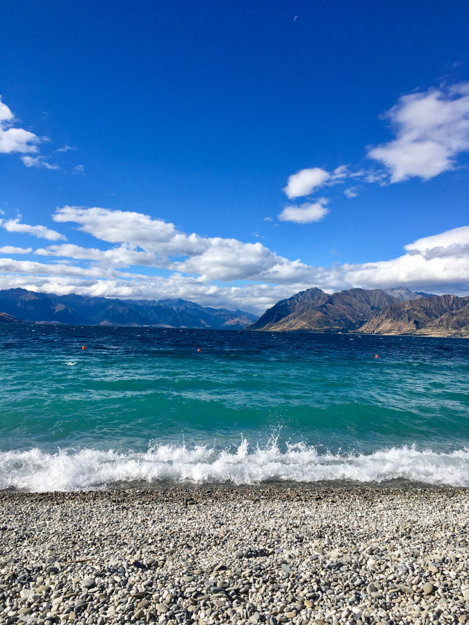 Lake Hawea, NZ. Discover 10 awesome Wanaka things to do. Use this article to create your Wanaka bucket list!