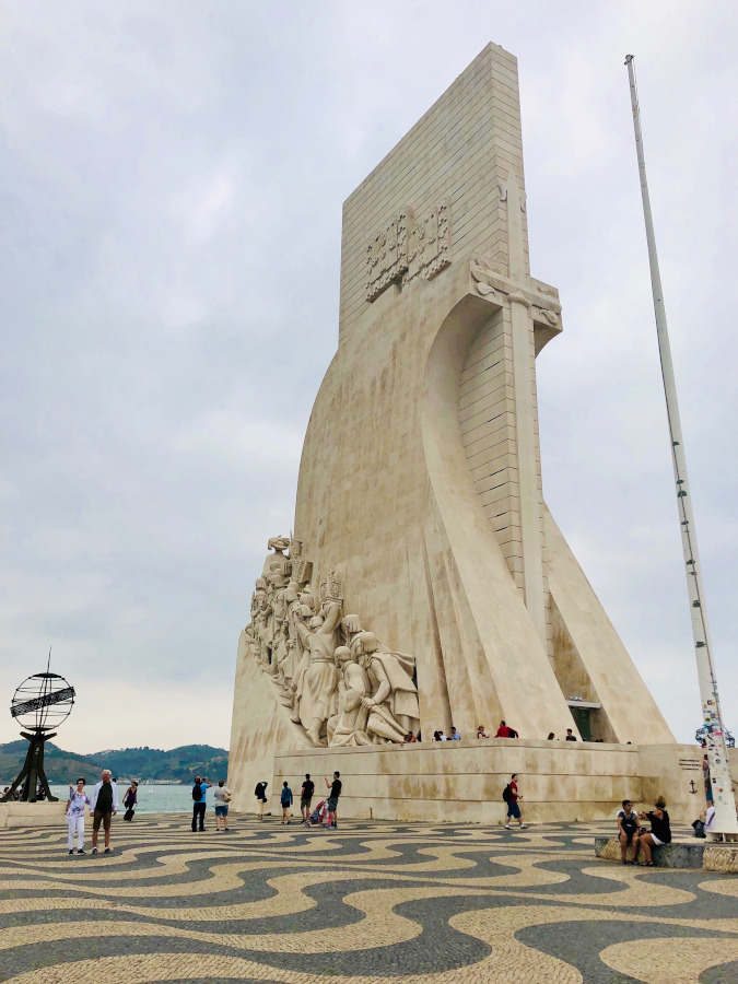 Monument to the Discoveries (Padrão dos Descobrimentos) is one of the Belem landmarks and, in fact, one of Lisbon's landmarks. Discover what to do in Belem and the fun things to see in Belem to add on your Lisbon itinerary!