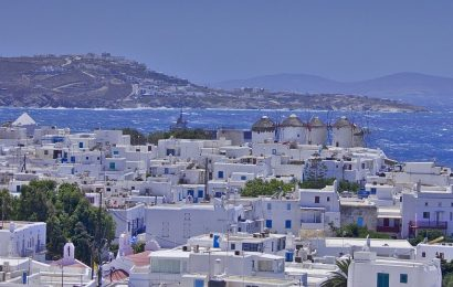 Reasons to Choose Mykonos For Your 2020 Summer Destination