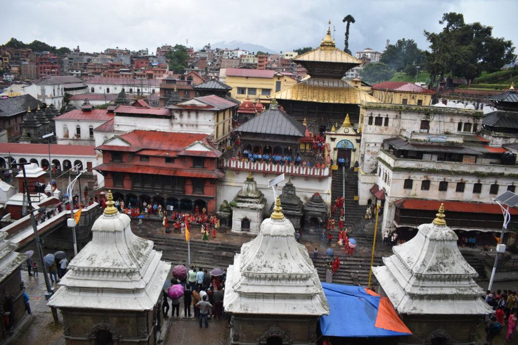 Храм Пашупатинатх является одним из лучших мест для посещения в Катманду Чем заняться в Катманду Чем заняться в Катманду? pashupatinath temple in kathmandu