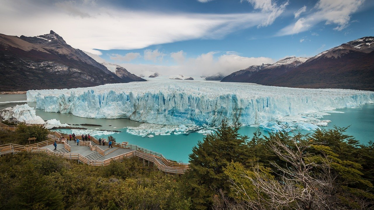 Perito Moreno, El Calafate, Patagonia. The best places to visit in Argentinian Patagonia