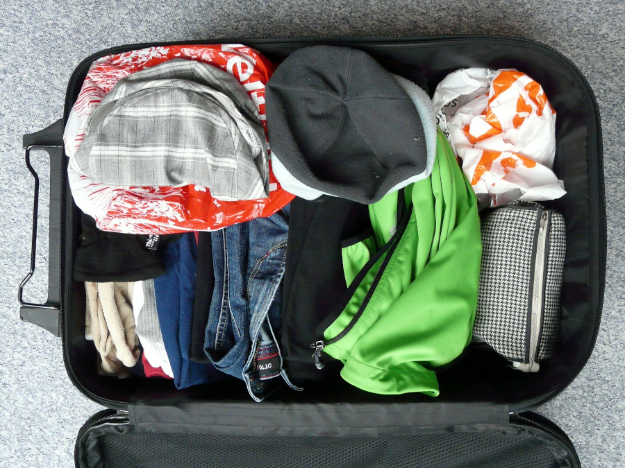 Packing tips: Create a packing list of all the things you'll need. How to pack like a pro