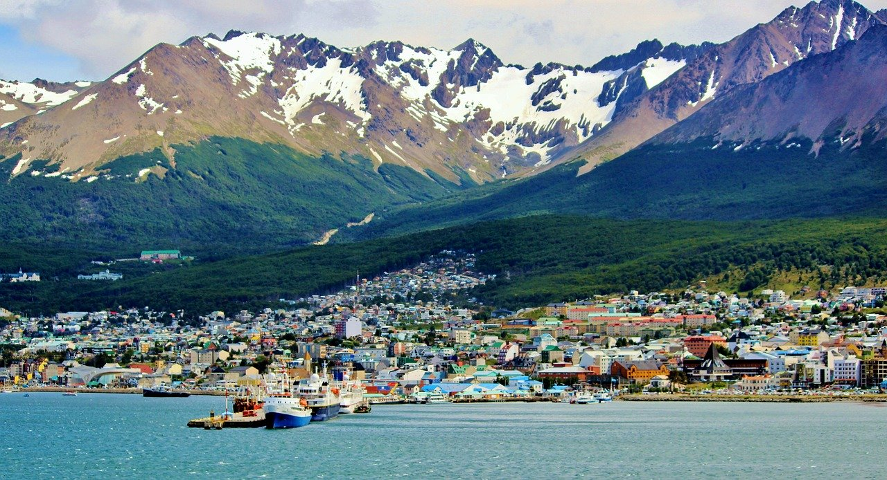 Ushuaia. Here are the most amazing places to visit in Patagonia. These are the best cities in Argentinian Patagonia