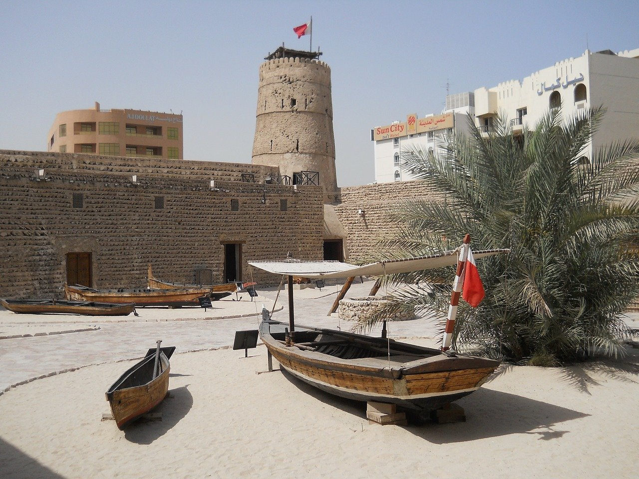 Al Fahidi Fort - Dubai Museum is one of the cheap things to do in Dubai. Read this guide to free things to do in Dubai now and make the most of your trip to Dubai.
