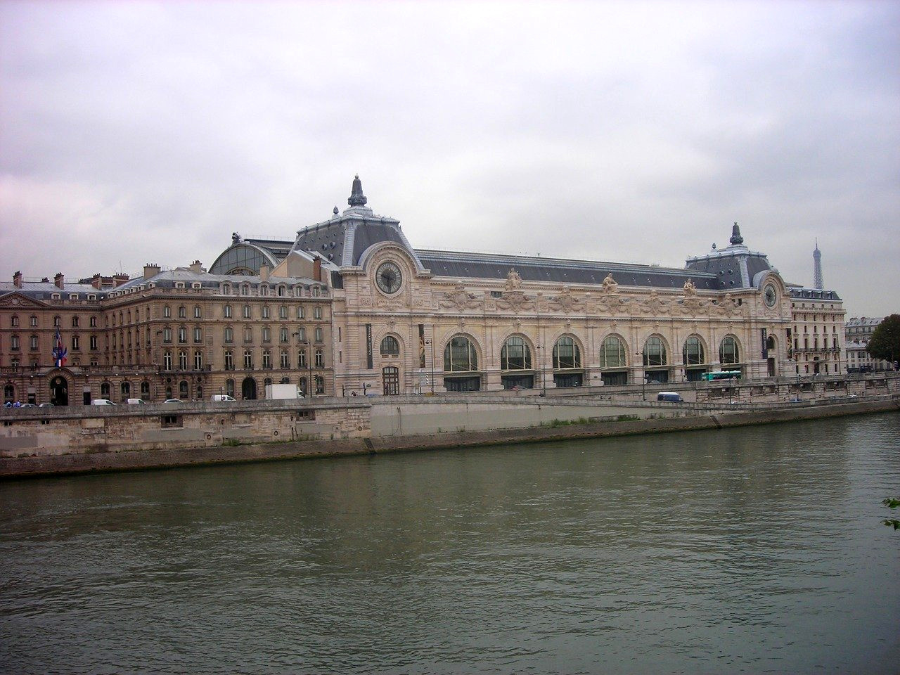 The ultimate list of tips for visiting Musée d'Orsay, Paris.
