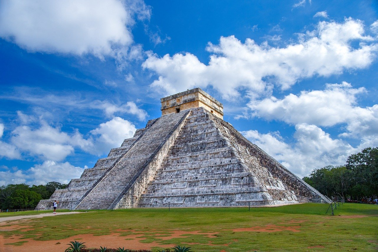 Chichen Itzá is one of the best historical sites to visit in the Riviera Maya in 2020