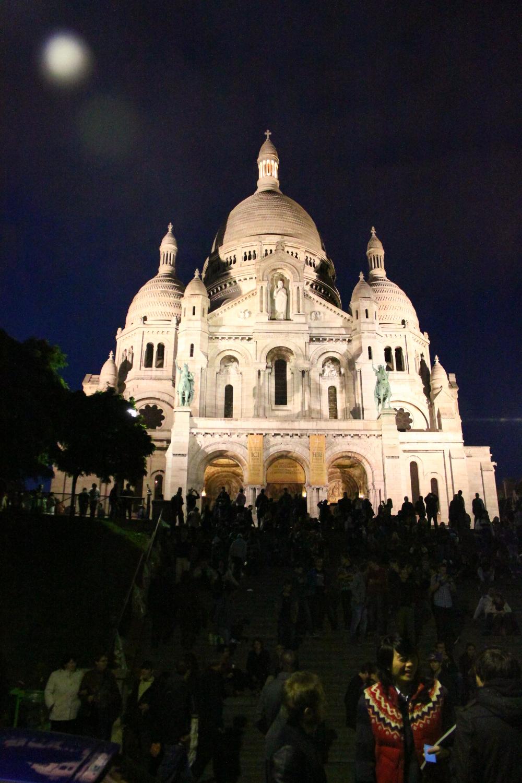 Sacre Coeur - Paris - why you shouldn't visit Paris