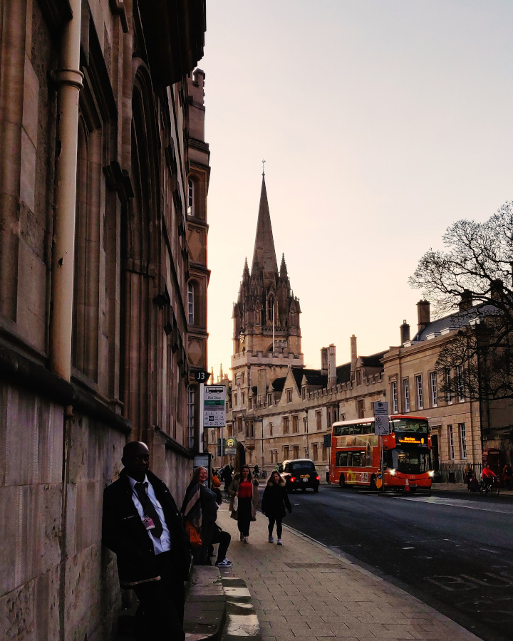 Oxford High Street is one of the best places to visit in Oxford. Here are more things to do in Oxford