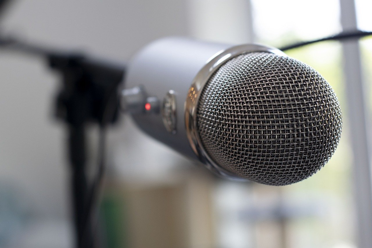 record your voice while traveling