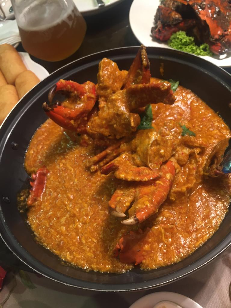 Chili Crab is the best seafood in Singapore. Discover more amazing dishes of Singapore from this article