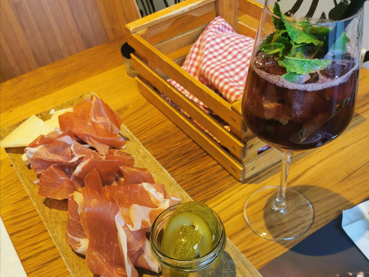 Traditional Slovenian food at Slovenska hiša. The perfect Ljubljana city guide