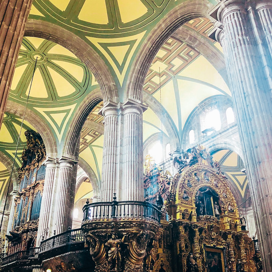 Catedral Metropolitana de México (Metropolitan Cathedral) is one of the top attractions in Mexico City