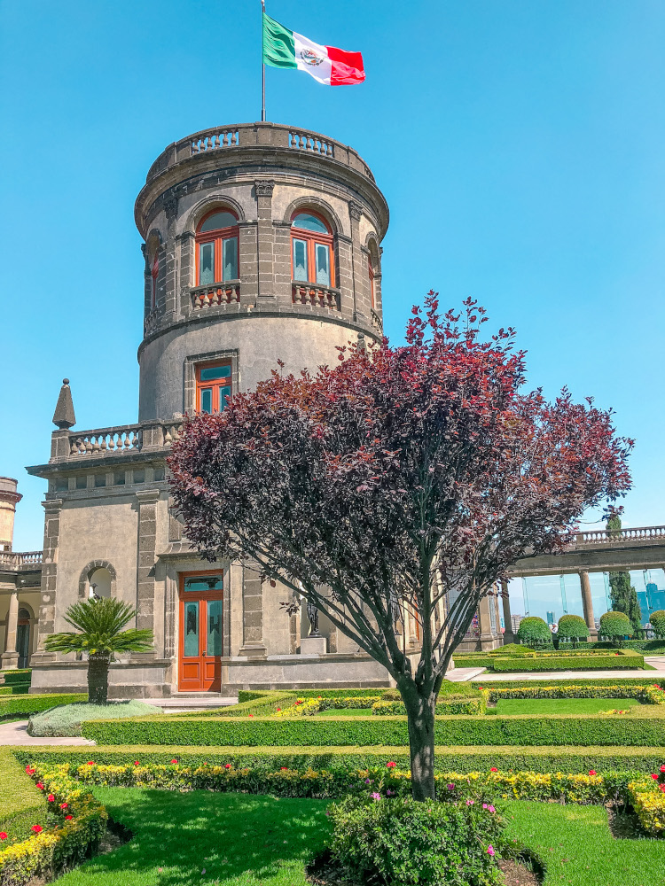 Castillo de Chapultepec (Chapultepec Castle) is one of the Mexico City's attractions
