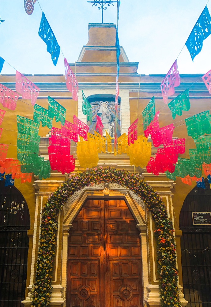 Coyoacan should be on your Mexico City itinerary. Here are the best things to do in Mexico City in 5 days
