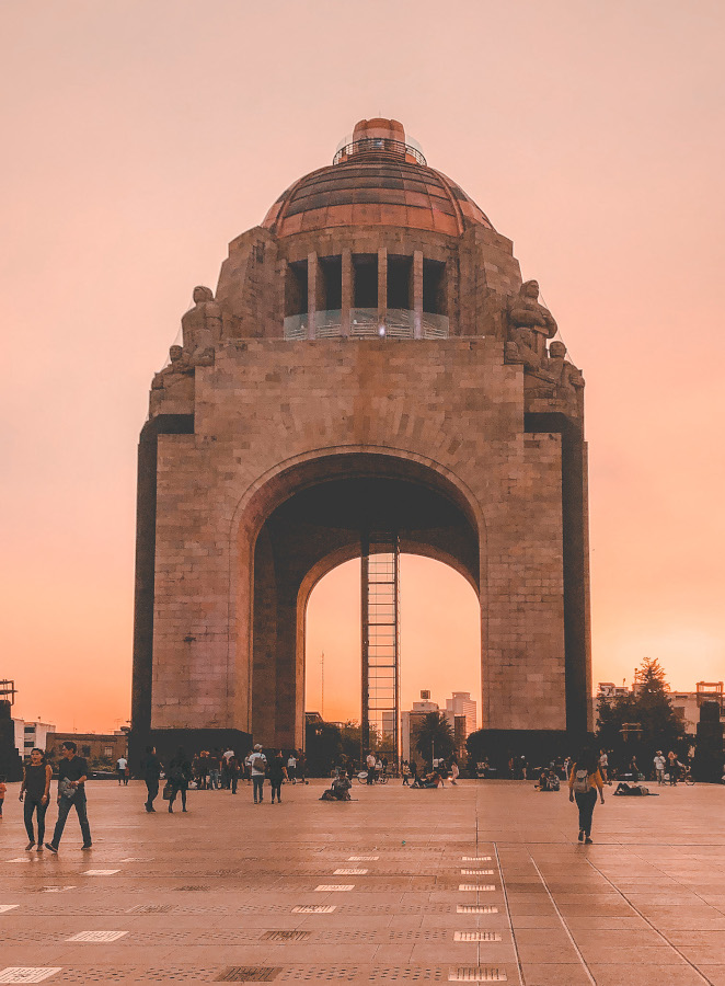 Monumento a la Revolución (Monument to the Revolution) is one of the landmarks in Mexico City and should be on your Mexico City bucket list. Here's the perfect 5-day Mexico City travel itinerary