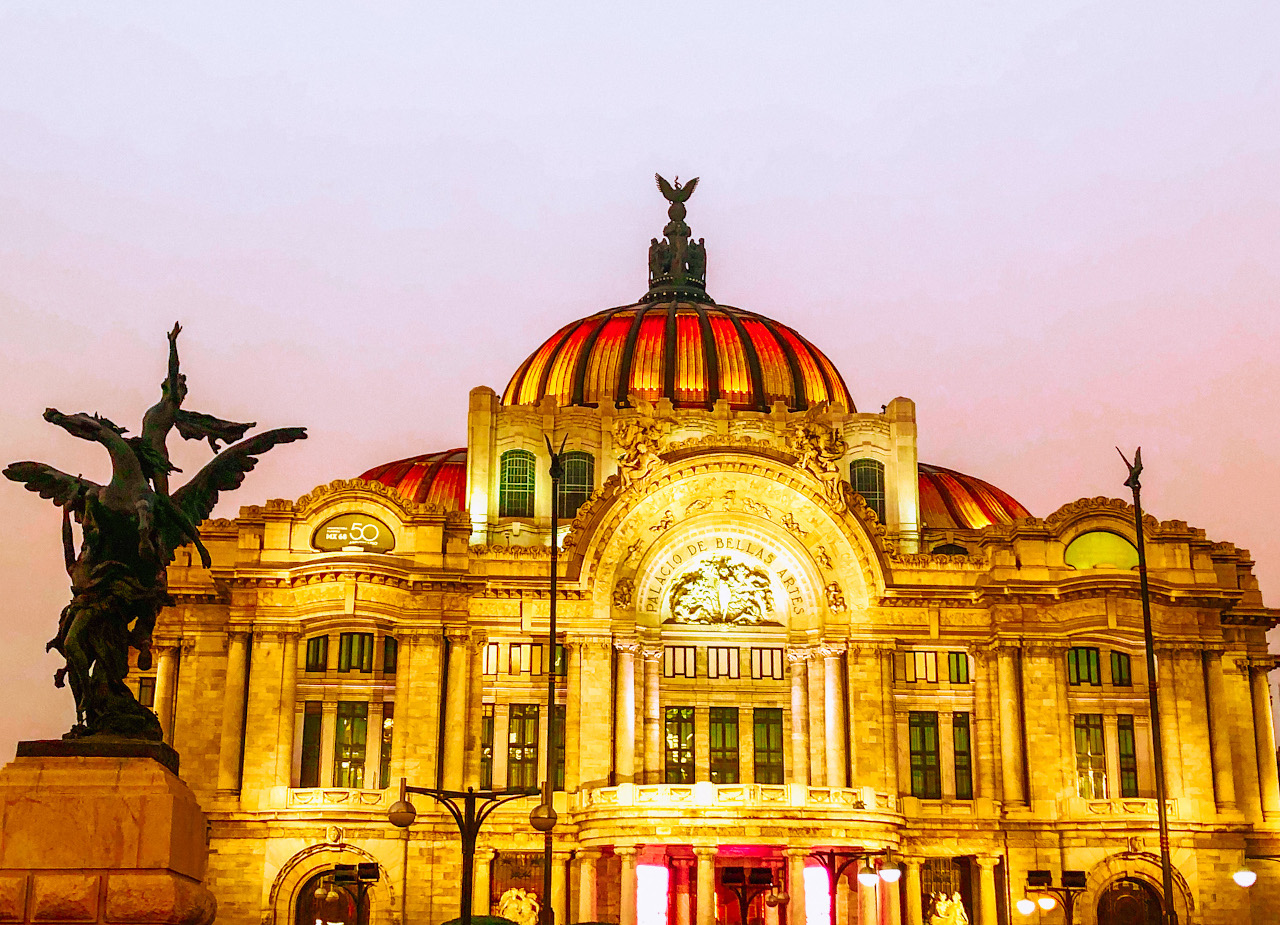 Palacio Bellas Artes (Palace of Fine Arts) is the iconic image of Mexico City. Here's what to do in Mexico City in five days