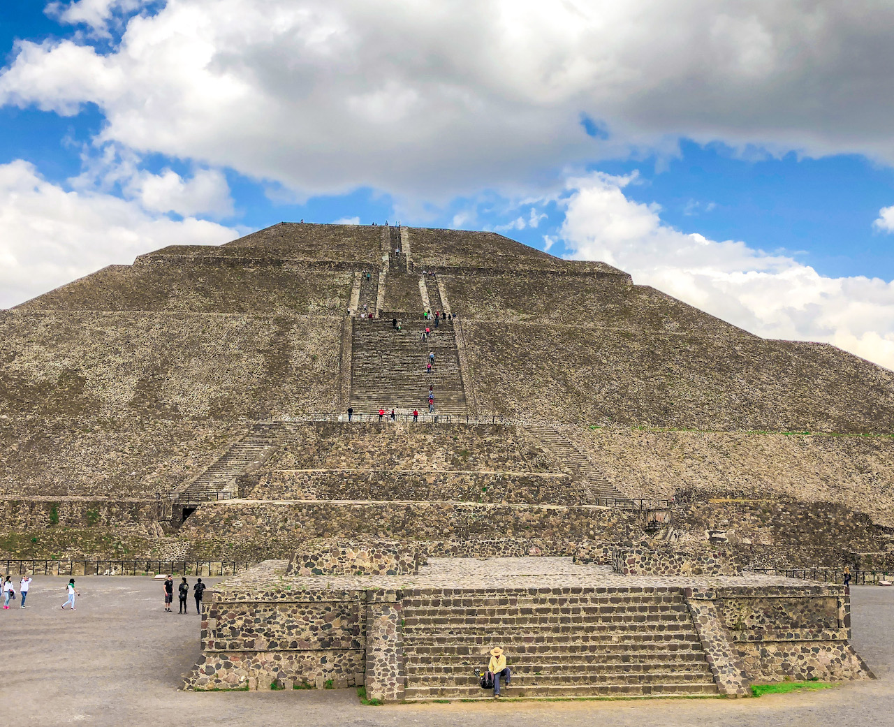 Teotihuacan is one of the best things to do near Mexico City. Here's your comprehensive 5-day Mexico City travel itinerary