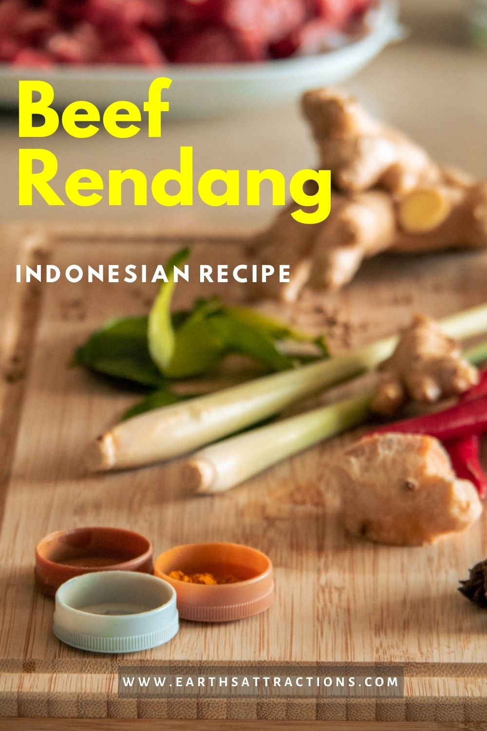 Traditional Indonesian Beef Rendang Recipe. What is beef rendang and how to make Indonesian beef rendang. Easy beef rendang recipe! #beefrendang #indonesia #recipe #beefrendangrecipe #asiatravel #food #asianfood #earthsattractions #dish #populardish #meatdish
