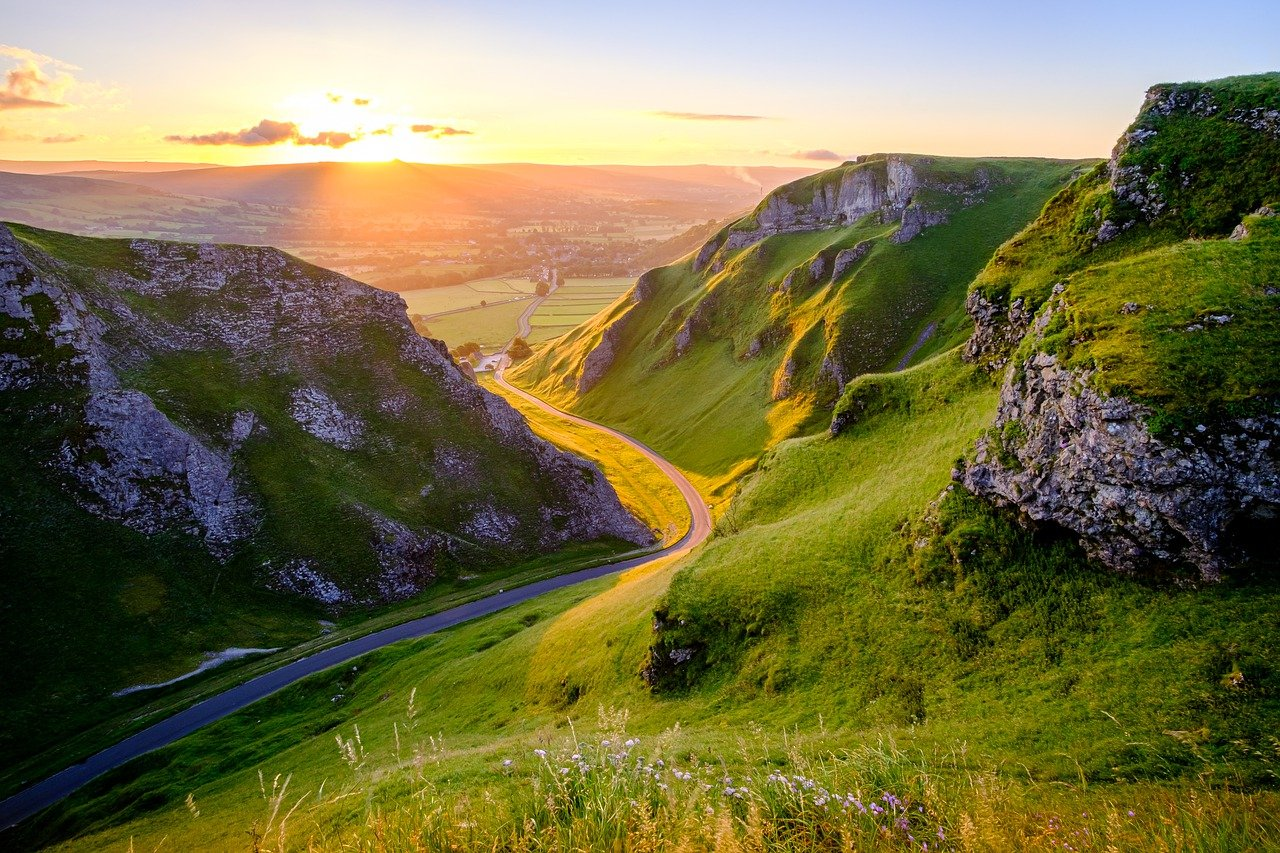 The Peak District National Park is one of the best national parks in the UK